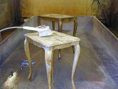 D capage commode buffet cuisine portes d 39 interieur - Decapage meuble ancien ...
